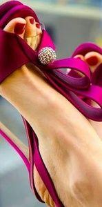 Fuschia/Magenta Heels w/ Rhinestone ball detail.